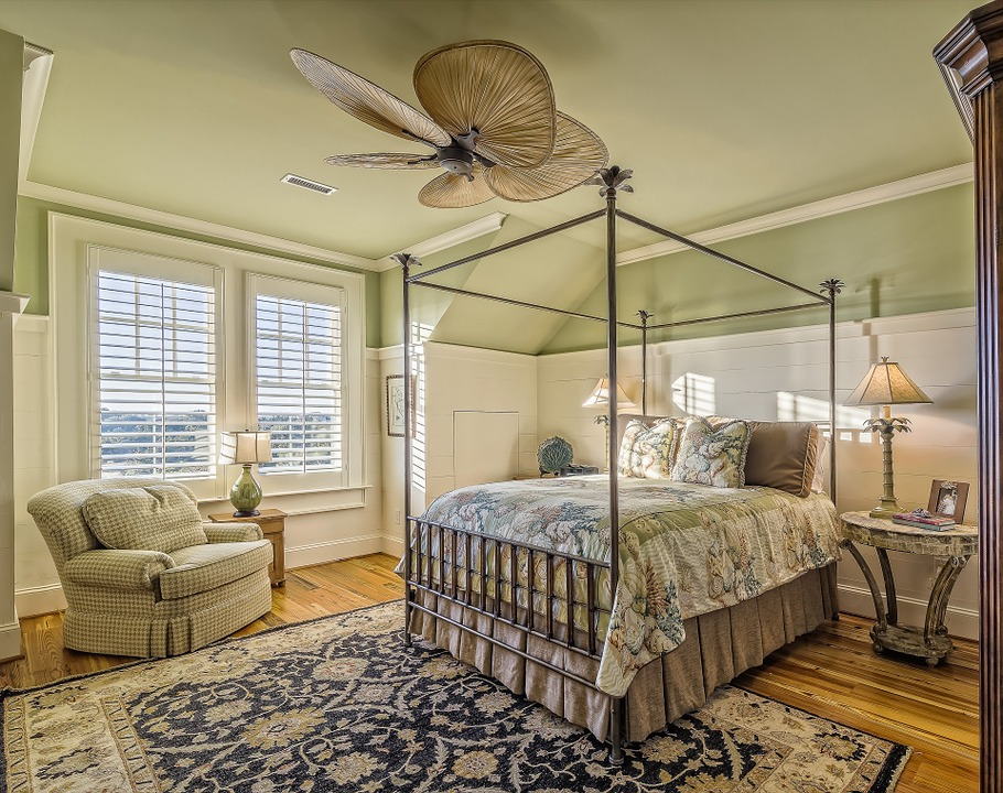 How to Create the Ultimate Guest Bedroom Retreat in Your Pittsburgh Home