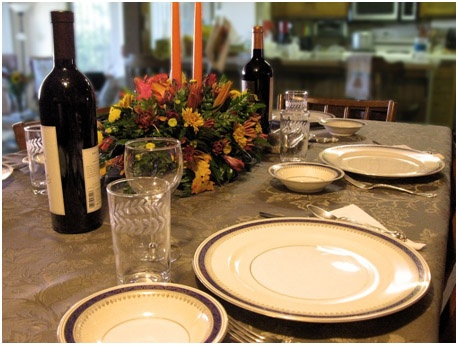 How to Host an Amazing Thanksgiving Gathering in Your Pittsburgh Home